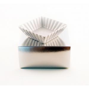 http://www.blackcaviar.se/img/p/113-434-thickbox.jpg